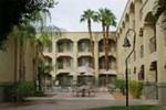 Отель Clarion Suites Yuma