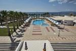 Отель Mammis Beach
