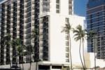 Отель DoubleTree by Hilton Alana Waikiki Hotel