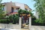Saint Stefan Villas