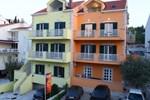 Апартаменты Sunrise Apartments