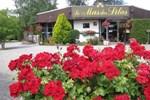 Отель Le Mas Des Lilas