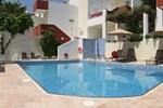 Отель Troulis Apart-Hotel