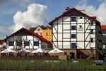 Отель Hotel Anek