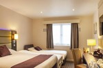 Отель Premier Inn Bristol East (Emersons Green)
