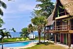 Casa Maravilla Beachfront Eco Lodge