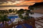 Апартаменты Vallarta Gardens Resort & Spa