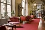 Отель All Suites Palazzo Magnani Feroni