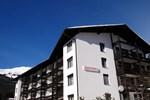 Апартаменты Tgesa La Roiva