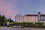 Отель Park Inn by Radisson Cologne City-West