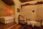 Отель Paradise Cave