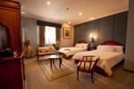 Отель Hotel Carvallo