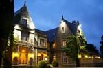 Отель Maenan Abbey Hotel
