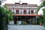 Отель Zeppo's House