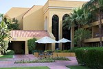 Отель Holiday Inn Express Palm Desert