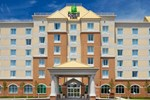 Отель Holiday Inn Express Hotel & Suites Clarington - Bowmanville