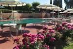 Отель Hotel Sovestro