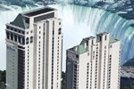 Отель Hilton Hotel and Suites Niagara Falls/Fallsview