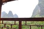 Отель Yangshuo Phoenix Pagoda Fonglou Retreat