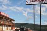 Отель Stampeder Motel