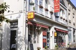 Отель P'tit Dej-Hotel Azay Le Rideau