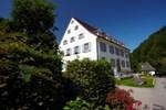 Отель Hotel Hofgut Sternen - Wohnen in Kunst und Kultur