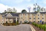 Отель Microtel Inn & Suites Gardendale