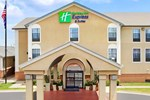 Отель Holiday Inn Express Hotel & Suites North Little Rock