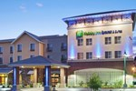 Отель Holiday Inn Express Hotel & Suites Gold Miners Inn-Grass Valley