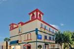 Отель Rodeway Inn & Suites - Pasadena