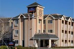 Отель Howard Johnson Inn Salinas