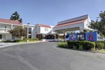 Отель Motel 6 Irvine - Orange County Airport