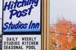 Отель The Hitching Post Motel