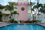 Отель Alcazar Resort- Gay Mens Resort