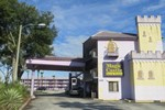 Отель Magic Castle Inn & Suites Motel