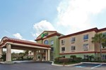 Отель Holiday Inn Express Hotel & Suites Live Oak