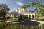 Отель Courtyard Miami Lakes