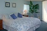 Отель Ocean Trillium Suites