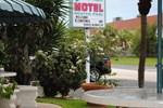 Отель Dolphin Motel