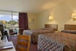 Отель Howard Johnson Inn Vero Beach