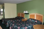 Отель Travelers Inn Gainesville