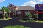 Отель Vista Inn & Suites Warner Robins