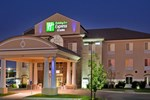 Отель Holiday Inn Express Hotel & Suites Wichita Airport
