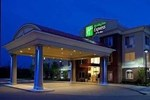 Отель Holiday Inn Express Gonzales