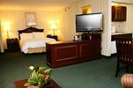 Отель Radisson Hotel and Suites Chelmsford-Lowell