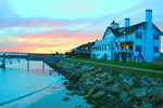 Отель Lighthouse Inn Cape Cod