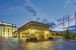 Отель La Quinta Inn & Suites Baltimore South Glen Burnie