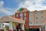 Отель Holiday Inn Express Hotel & Suites Kansas City - Grandview