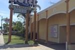 Отель Colonial Pool & Spa Motel