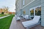 Hampton Inn & Suites Greensboro Four Seasons